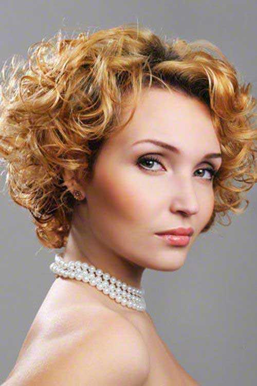 Kurze Frisuren Lockige Haare Archives Haar Frisuren