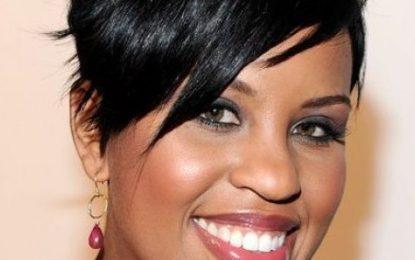 Fabelhafteste Haarfarbe für afroamerikanische Frauen
