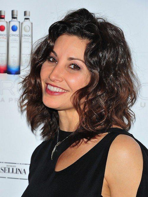 30 Lockige Frisuren Für Frauen über 50 Haar Frisuren